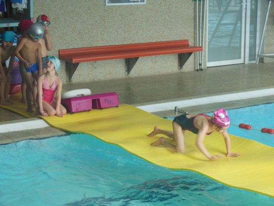 piscine enfant toboggan