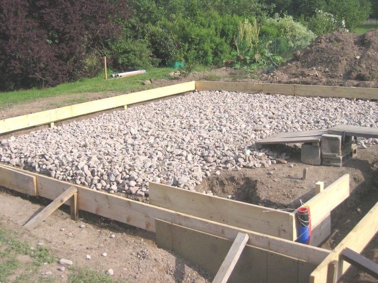 piscine tubulaire sur terrain en pente